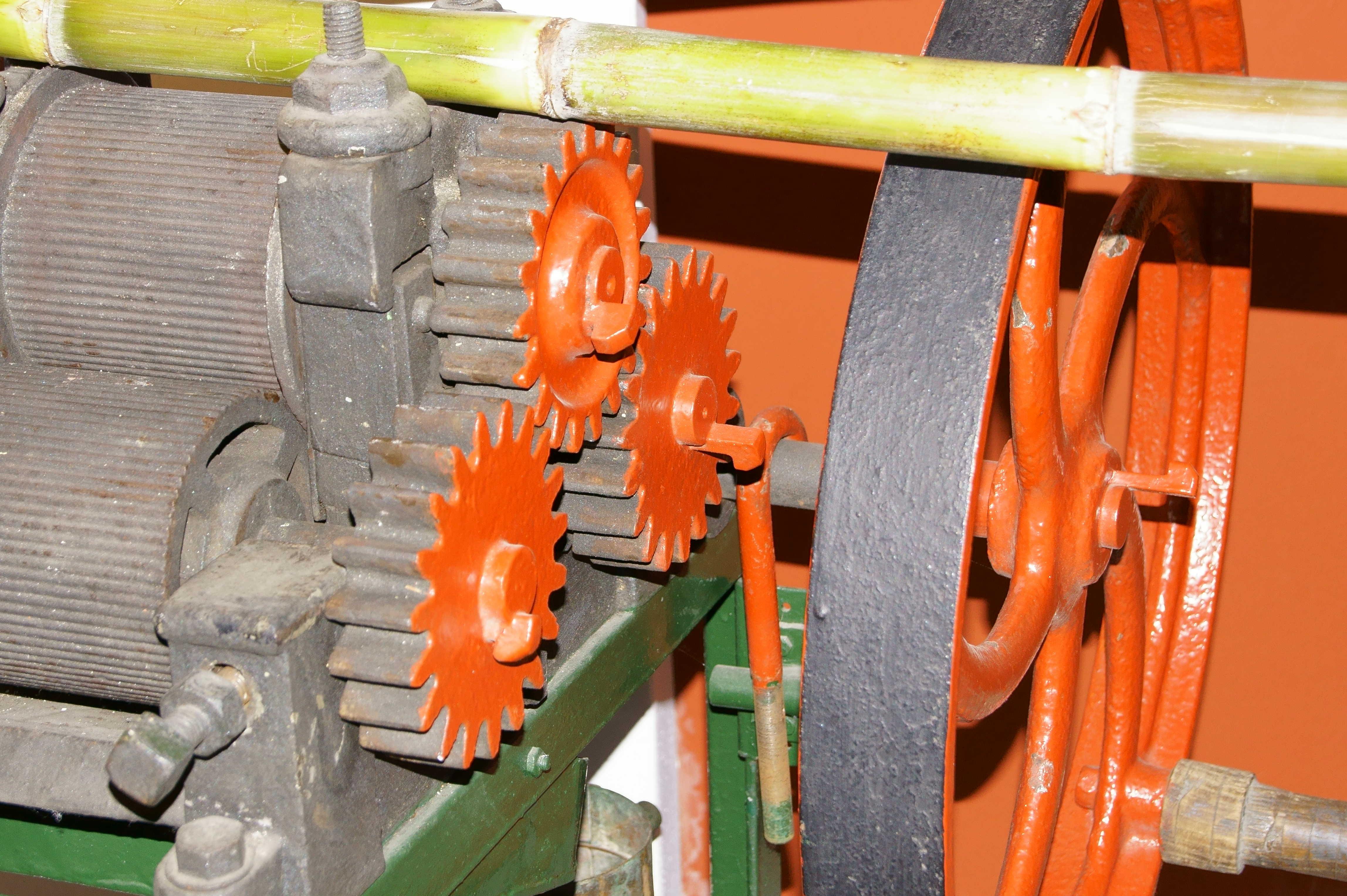 sugarcane-machine-333081