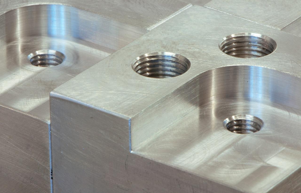 fém-és-fémszerkezet