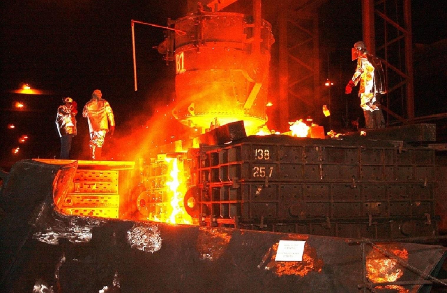 steel-mill-616536